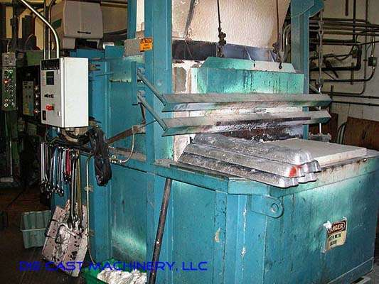 600 lb/hr, 5,200 pound capacity natural gas, melting/holding furnace