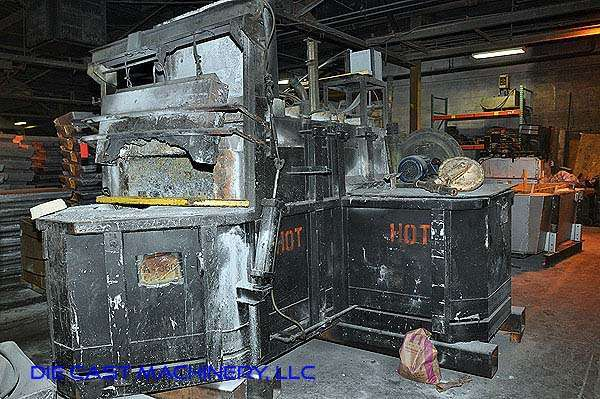 1000 pound per hour Reverberatory Aluminum Melting and Holding Furnace DCM 2892