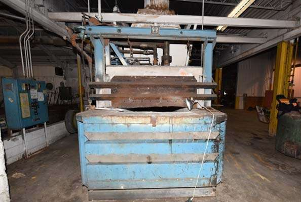 Picture of FW Schaefer  Reverberatory Type Wet Bath Stationary Aluminum Melting and Holding Furnace For Sale DCMP-3632