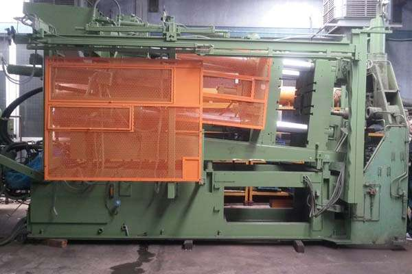 Picture of Idra OL 560 MG Horizontal Hot Chamber Magnesium High Pressure Die Casting Machine For Sale DCMP-3732