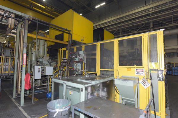Picture of Toshiba DC 800J-MS Horizontal Cold Chamber Aluminum High Pressure Die Casting Machine For Sale DCMP-4163