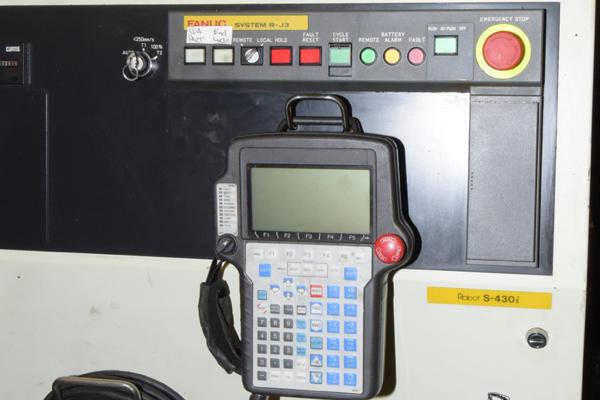 Used Fanuc Robotics S-430iW S-430iW_165 KG Six Axis Robot