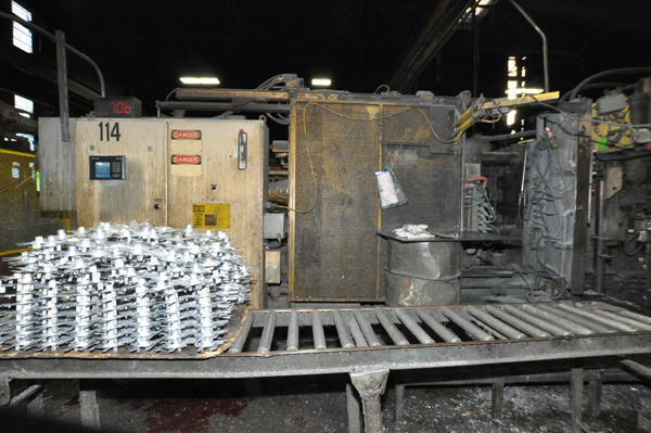 Picture of Ex-Cell-O B&T DC-600 Horizontal Cold Chamber Aluminum High Pressure Die Casting Machine For Sale DCMP-4537