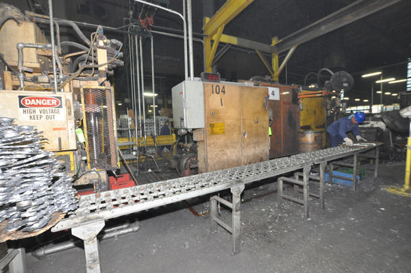 Picture of Ex-Cell-O B&T DC-600 Horizontal Cold Chamber Aluminum High Pressure Die Casting Machine For Sale DCMP-4549