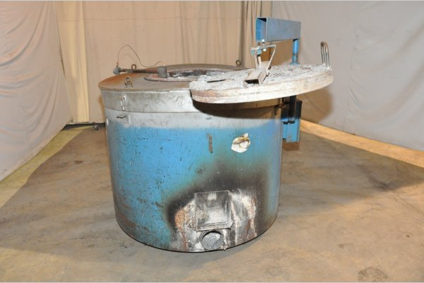 Picture of Dynarad EC-700 Electric Heated Silicon Carbide Crucible Type Aluminum Melting & Holding Furnace For Sale DCMP-4648