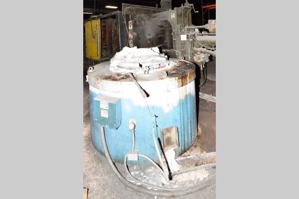Picture of Dynarad EC-2400 Electric Heated Silicon Carbide Crucible Type Aluminum Melting & Holding Furnace For Sale DCMP-4649