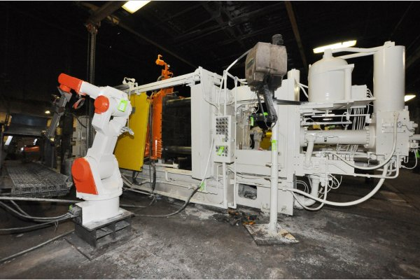 Picture of Prince 836 CCA Horizontal Cold Chamber Aluminum High Pressure Die Casting Machine For Sale DCMP-4777