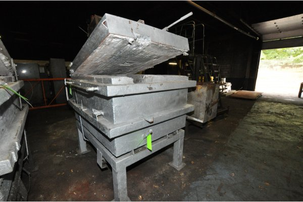 Picture of Cal-Miser 2600 Low Energy High Efficiency Natural Gas Heated Aluminum Holding Furnace For Sale DCMP-4810