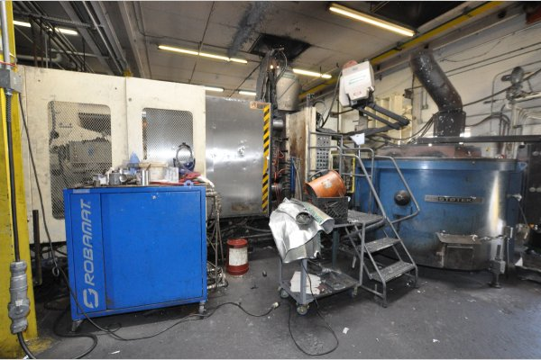 Picture of LK Machinery DCC 800 Horizontal Cold Chamber Aluminum High Pressure Die Casting Machine For Sale DCMP-4962